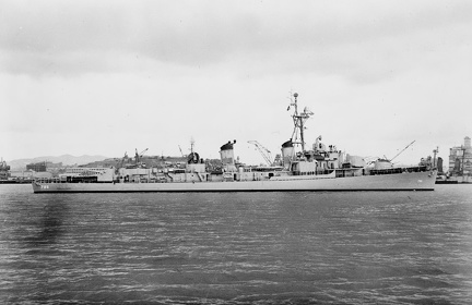 USS Richard B. Anderson (DD-786) off the San Francisco Naval Shipyard on 11 June 1953